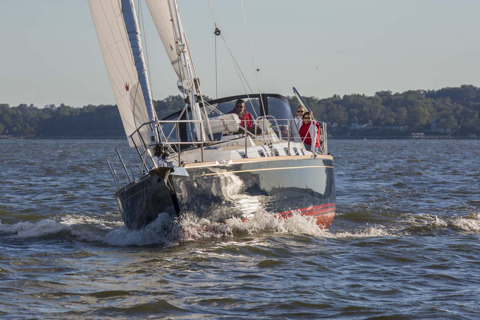 Le voilier de croisière Tartan Yachts 395 est un rappel audacieux de la grandeur du constructeur
