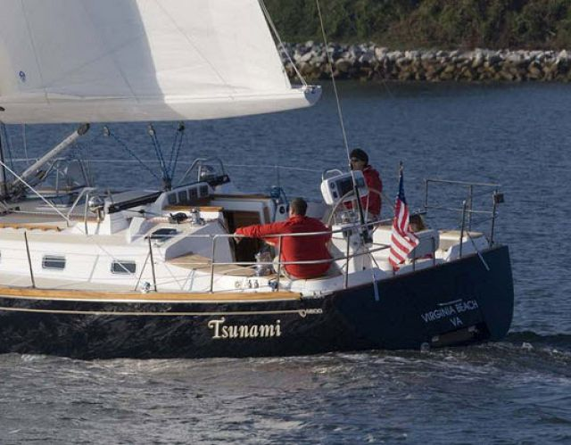 Cruising World Magazine Reviews The Tartan 4300