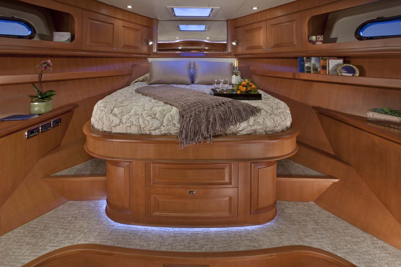 VIP suite on hampton endurance 658