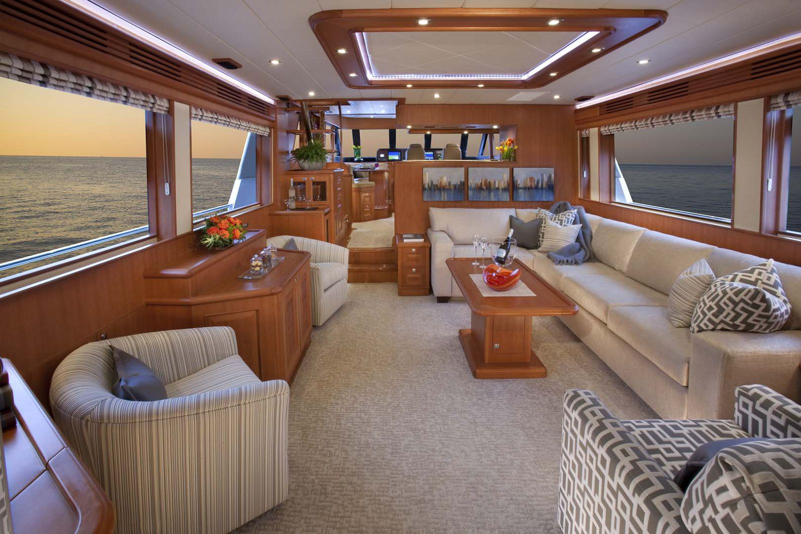 Salon on the Hampton Endurance 658