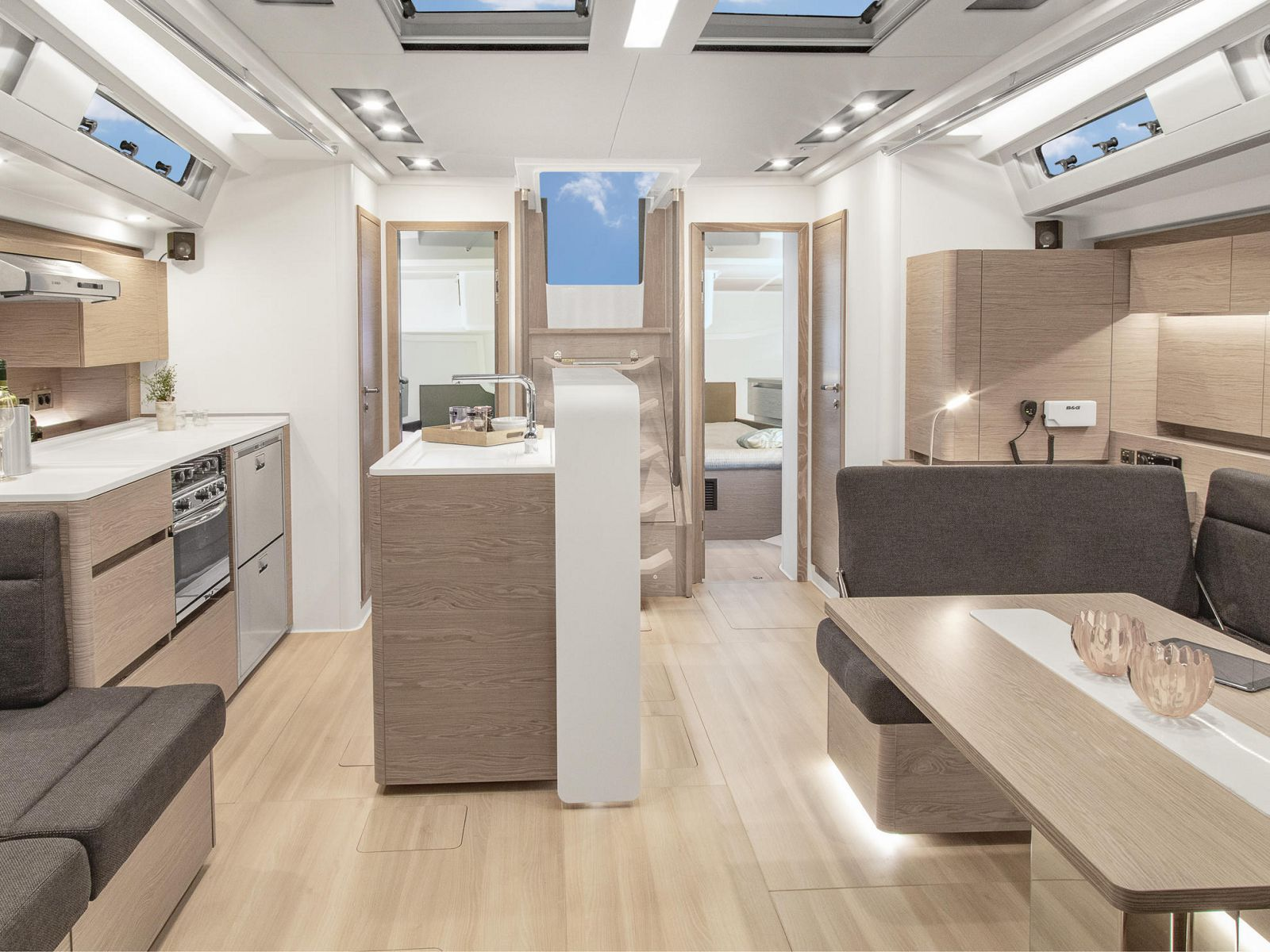 Hanse 588 interior spaces