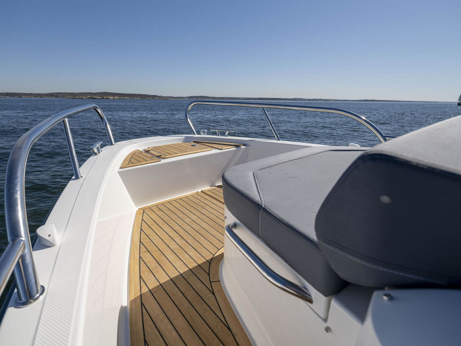 bow seat different angle