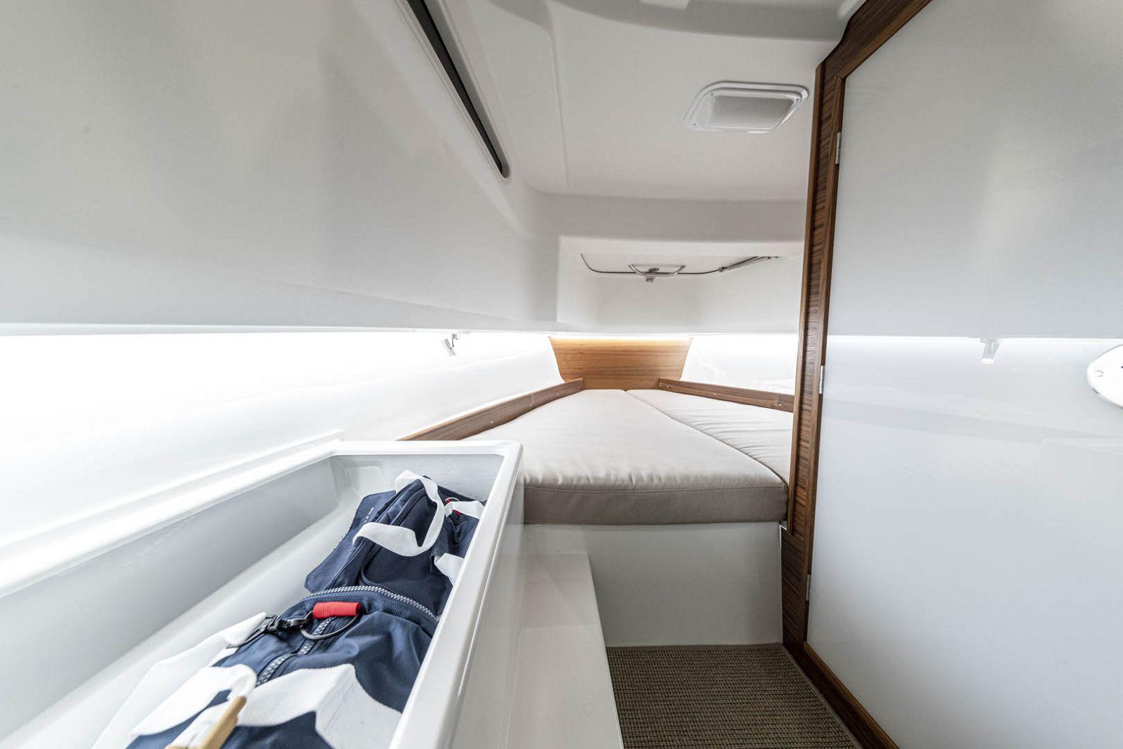 cabin on nimbus tender 8