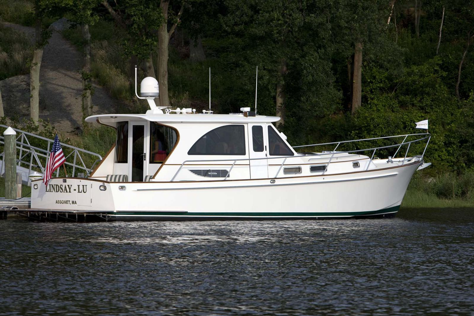 Legacy-Yachts-42-Downeast-for-sale-washington