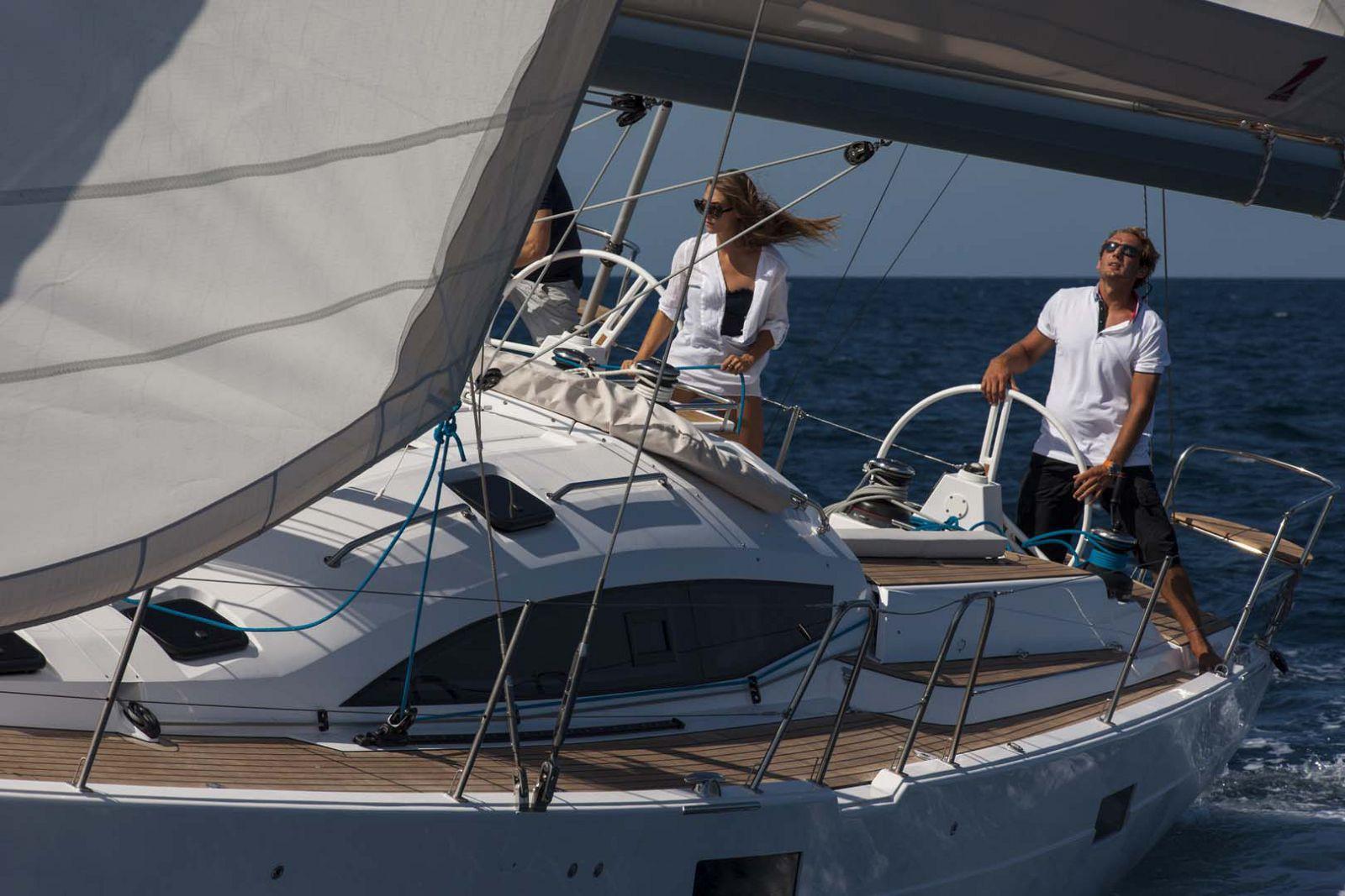 Elan-Yachts-I50-Running