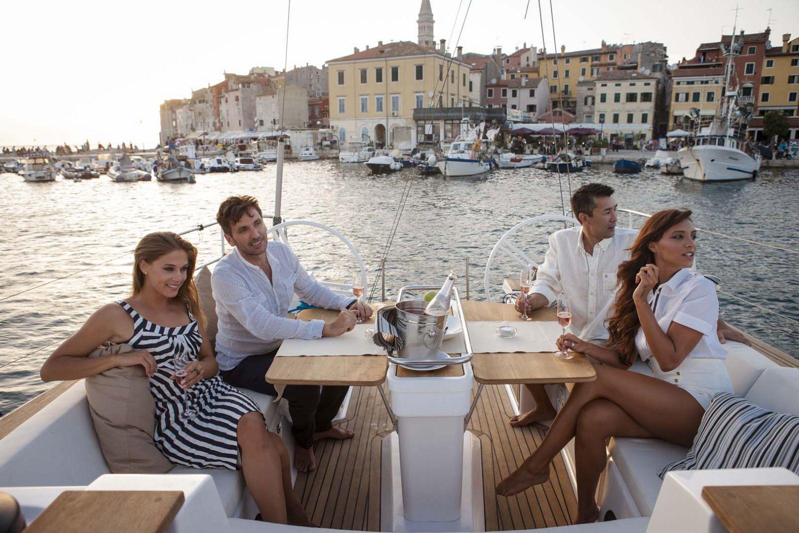 Elan-Yachts-Impression-50-Friends