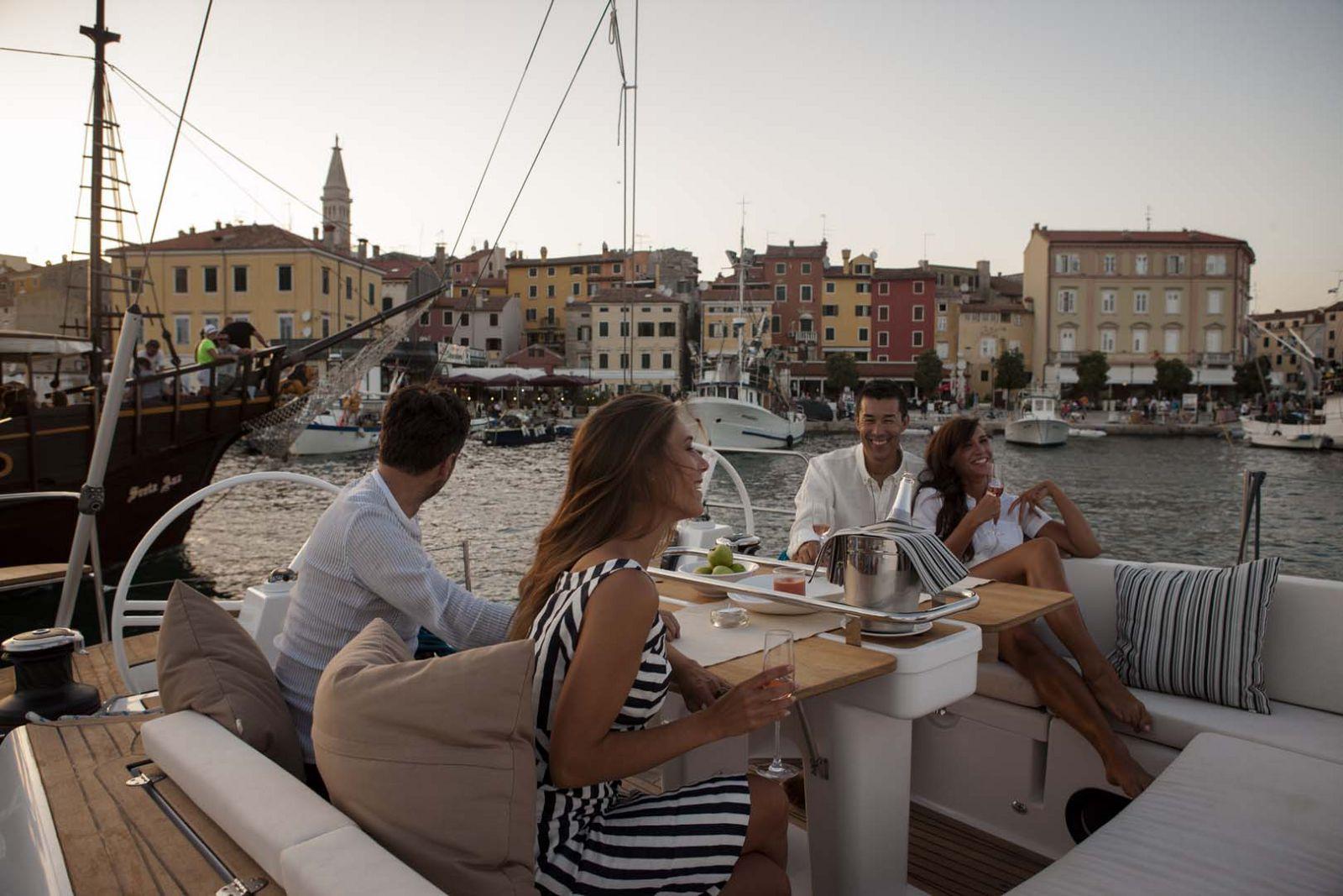 Elan-Yachts-Impression-50-Lifestyle-2