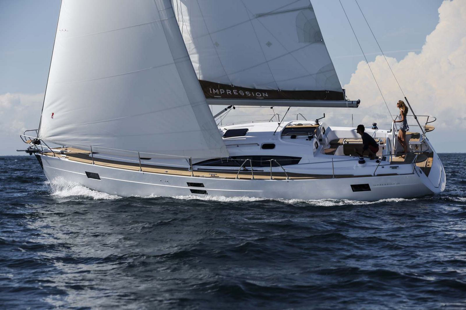Elan-Yachts-Impression-45-Sailboat-Turning