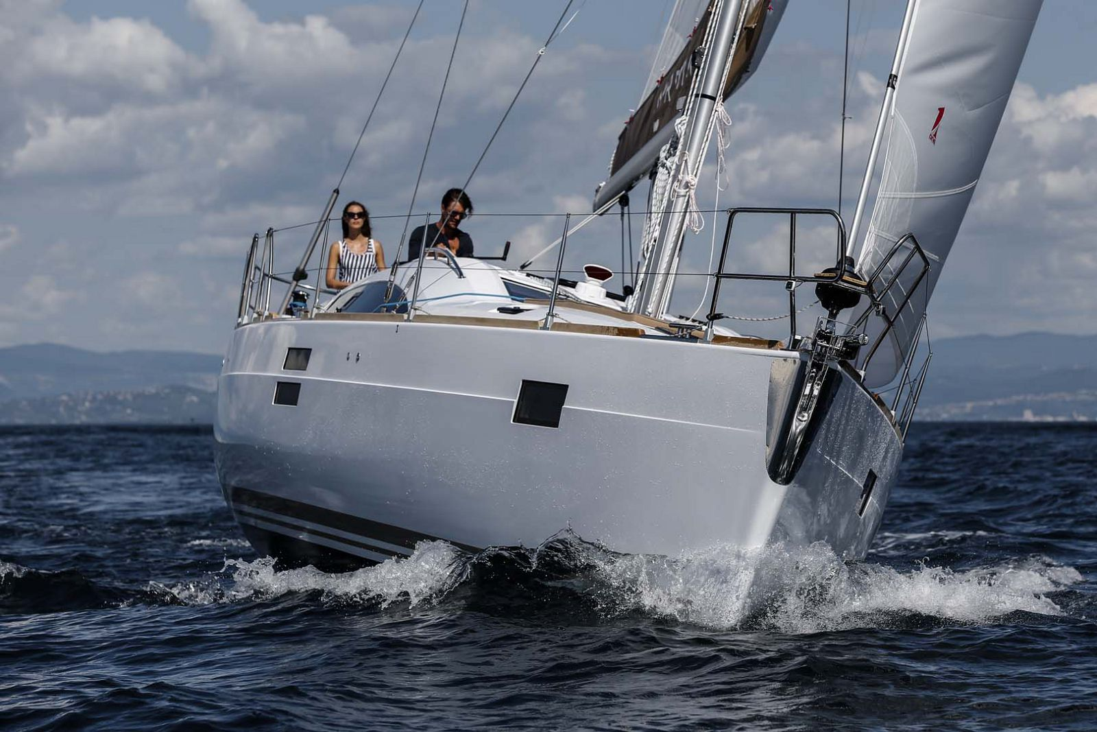 Elan-Yachts-Impression-45-Sailboat-bow-2