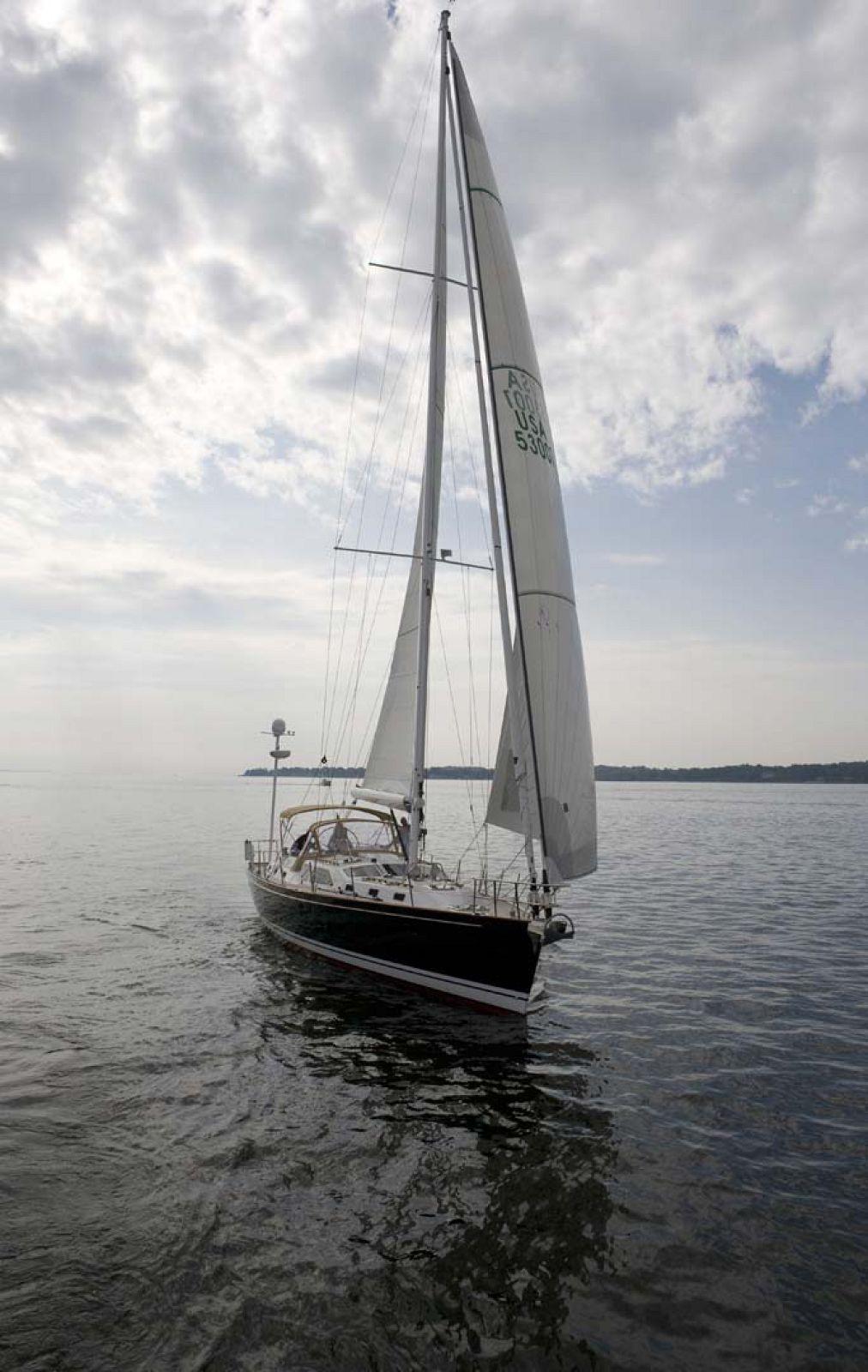 Tartan-Yachts-5300-Sailboat
