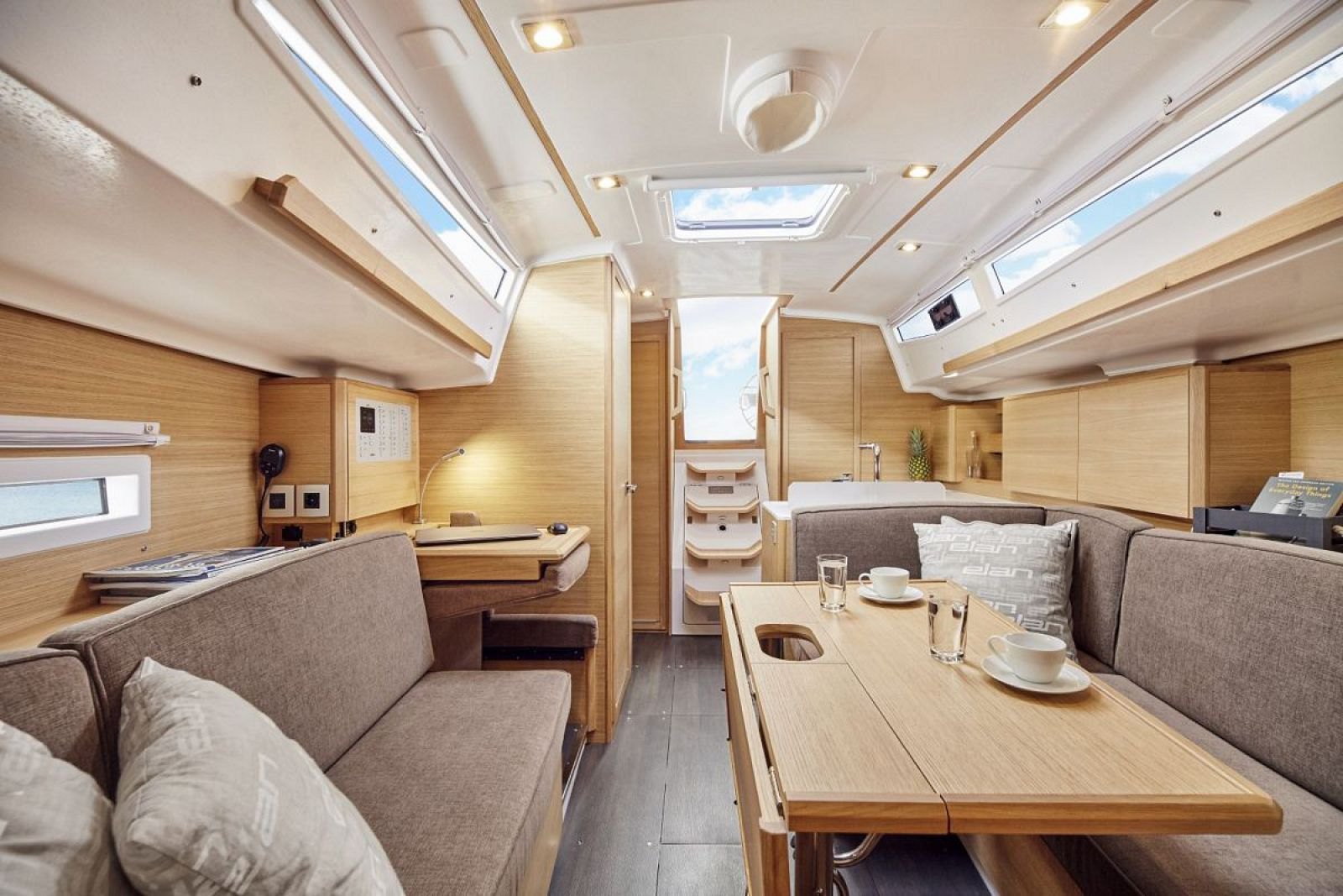 Elan-Yachts-E4-Sailboat-Salon-2