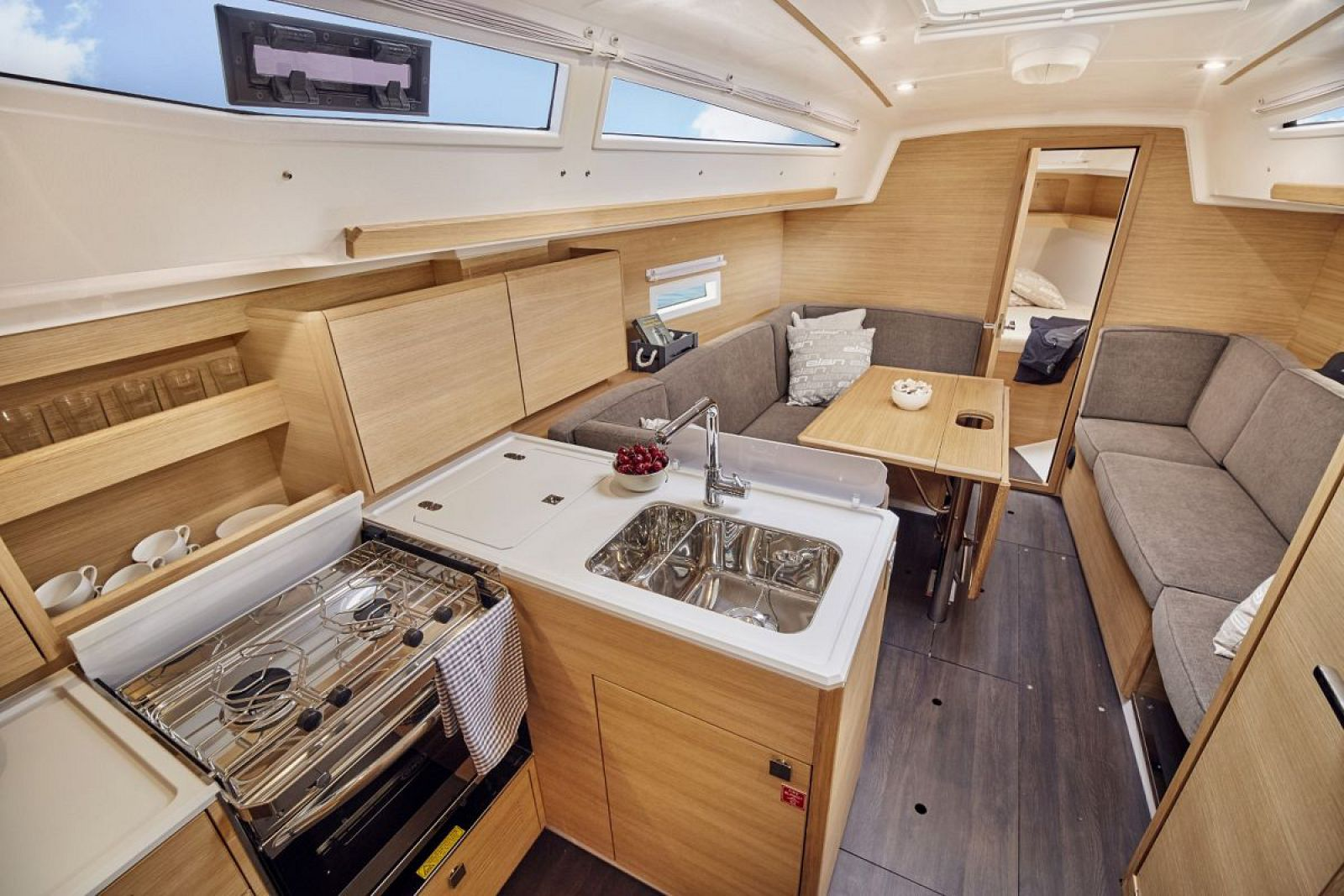 Elan-Yachts-E4-Sailboat-Salon