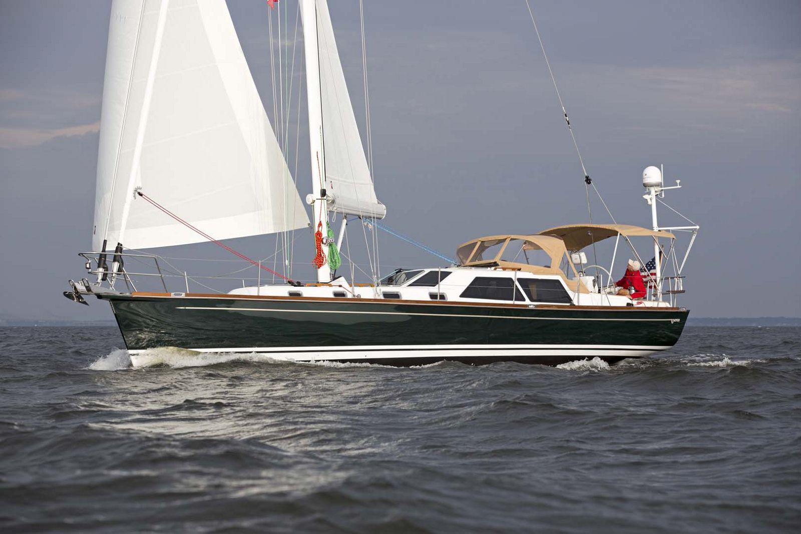 Tartan-Yachts-4700-Sailboat-Running