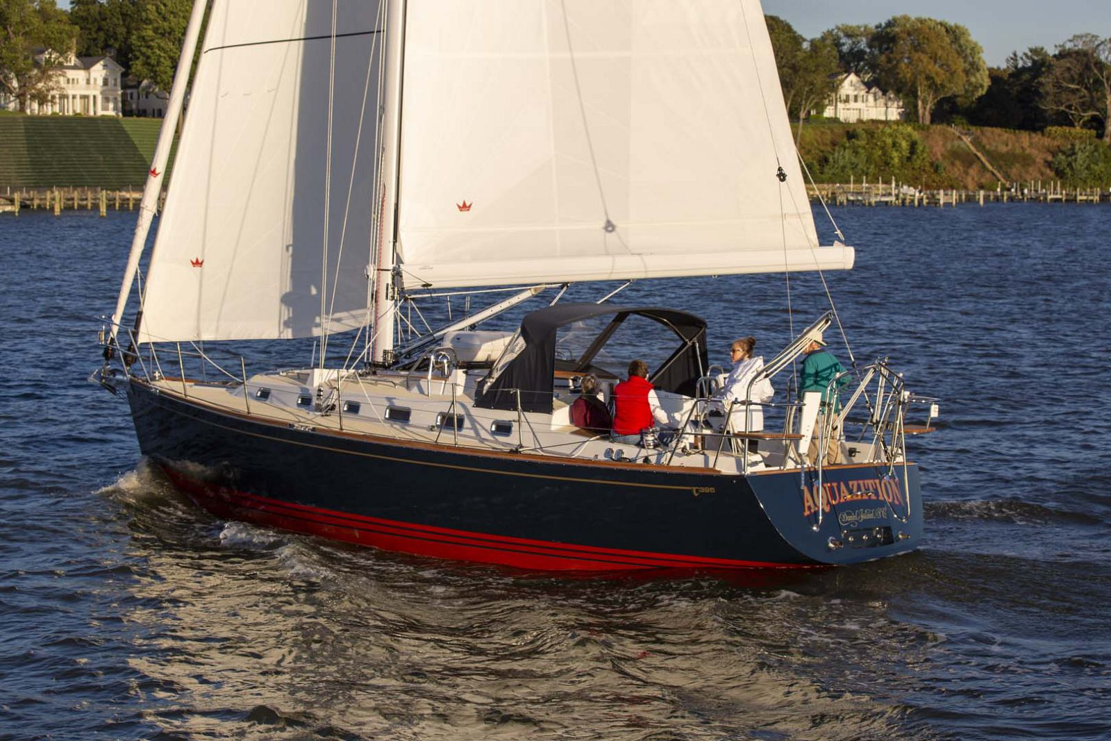 Tartan-Yachts-395-Sailboat-Transom-2