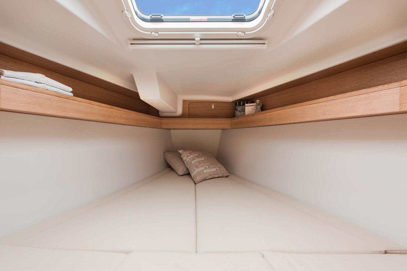 Elan-Yachts-E3-Sailboat-guest-cabin
