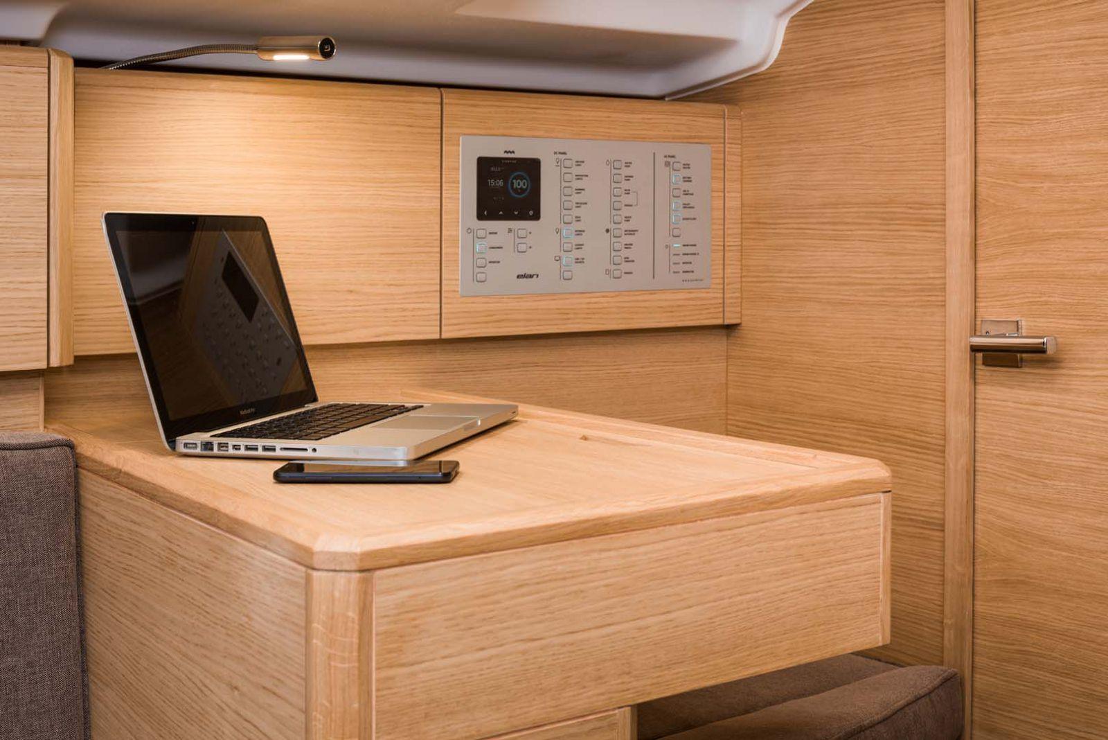 Elan-Yachts-E3-Sailboat-study