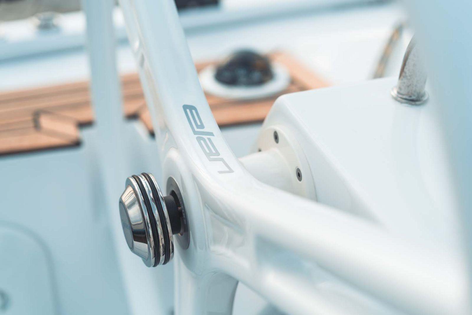 Elan-Yachts-E3-Sailboat-details-2
