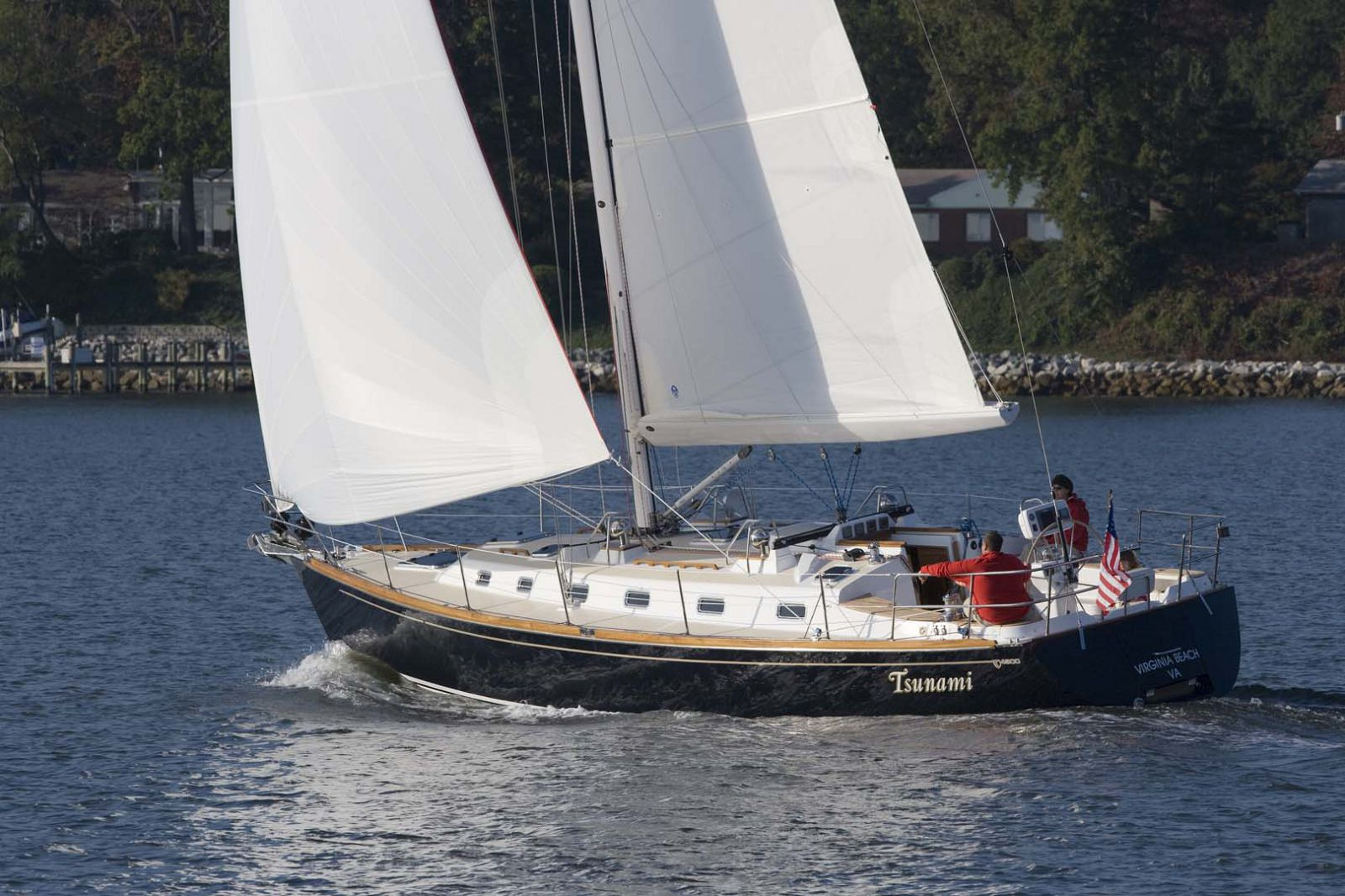 Tartan-Yachts-4300-Sailboat-profile-2