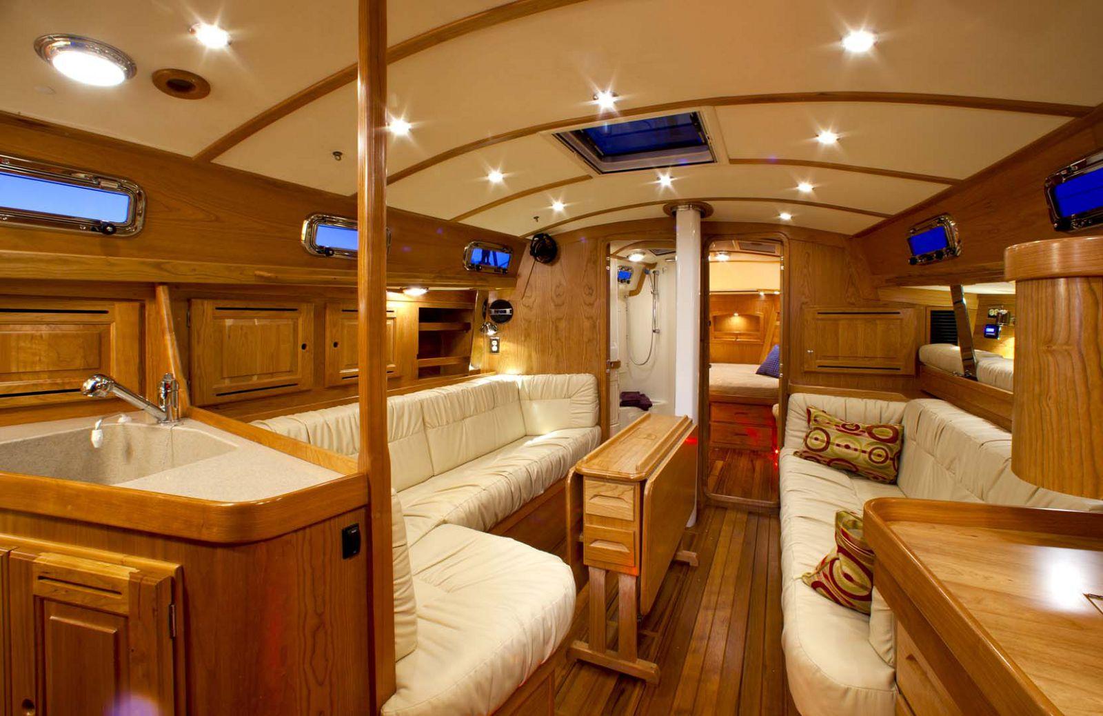 Tartan-Yachts-4000-Sailboat-inside