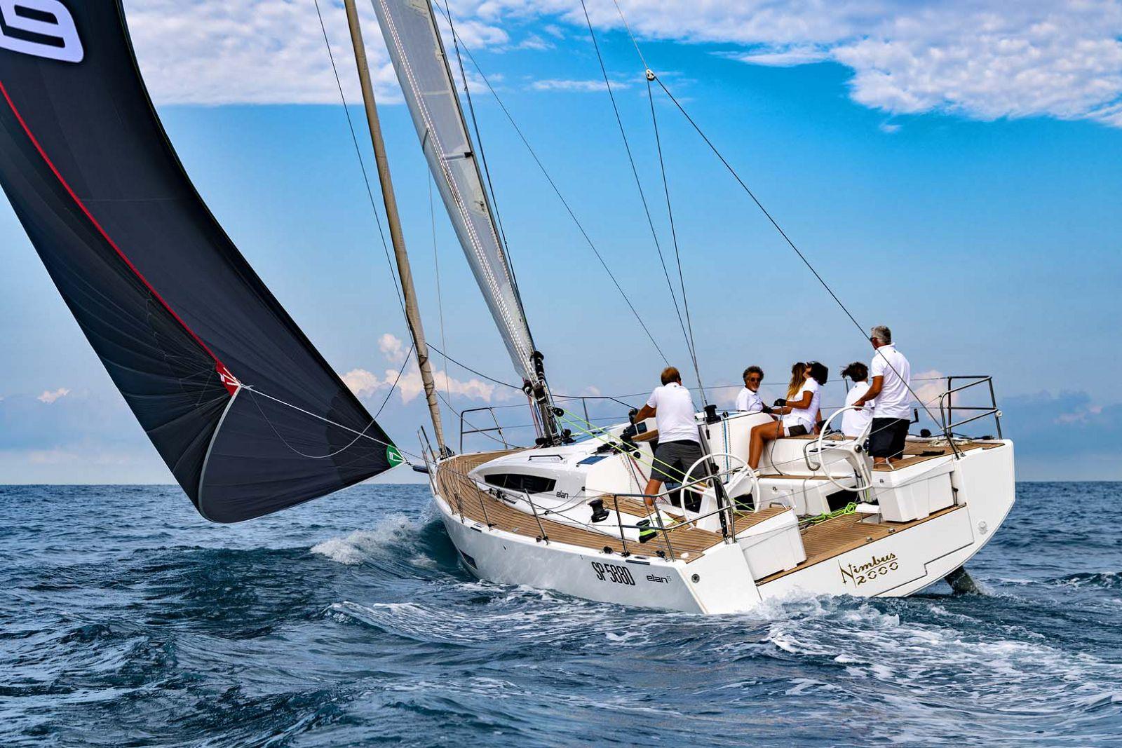 Elan-Yachts-E5-Sailboat-Sailing