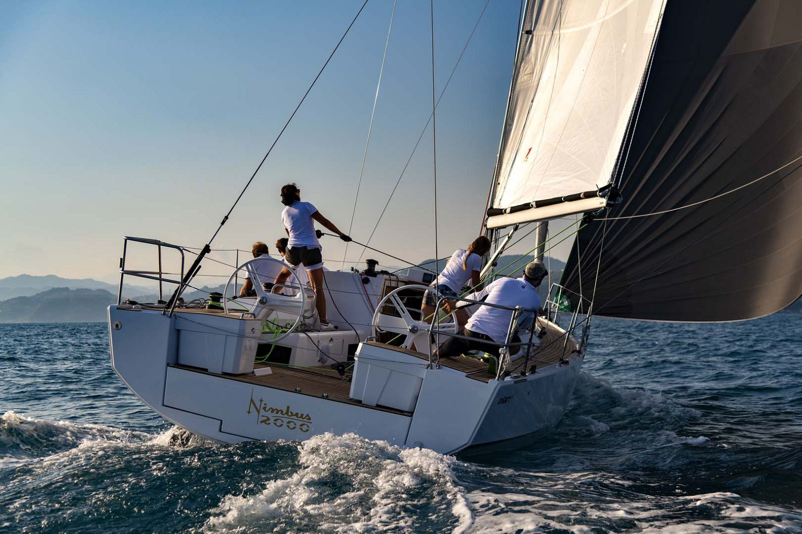 Elan-Yachts-E5-Sailboat-transom