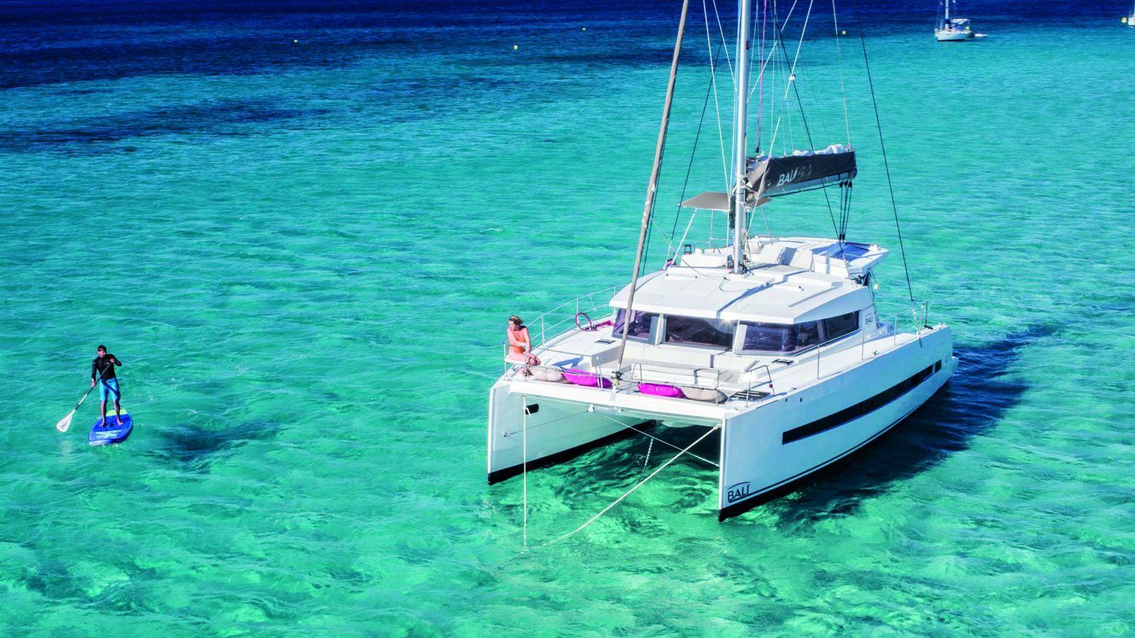 Bali 4.1 sailing catamaran