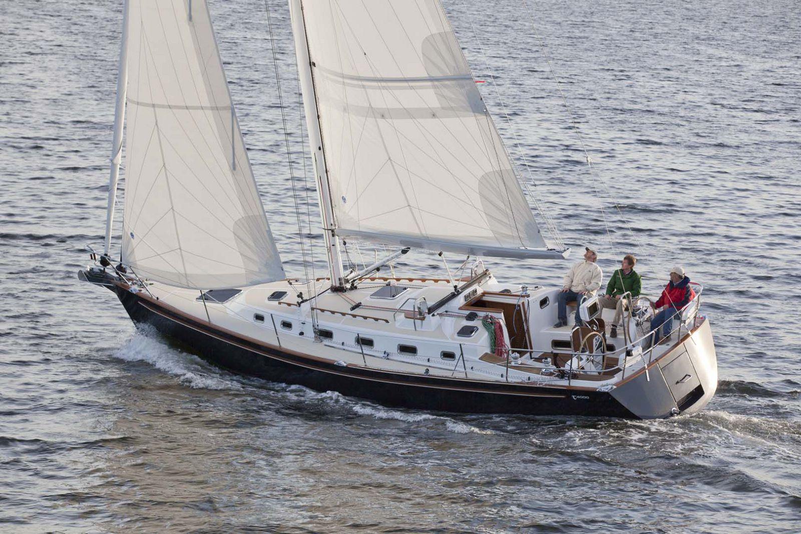 Tartan-Yachts-4000-Sailboat-4