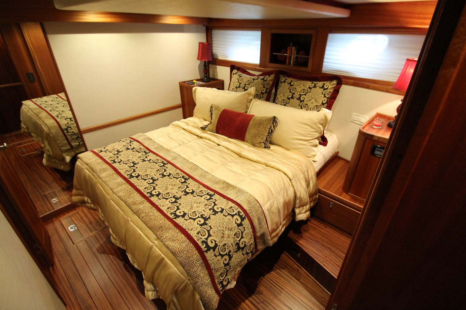queen sized berth in master cabin
