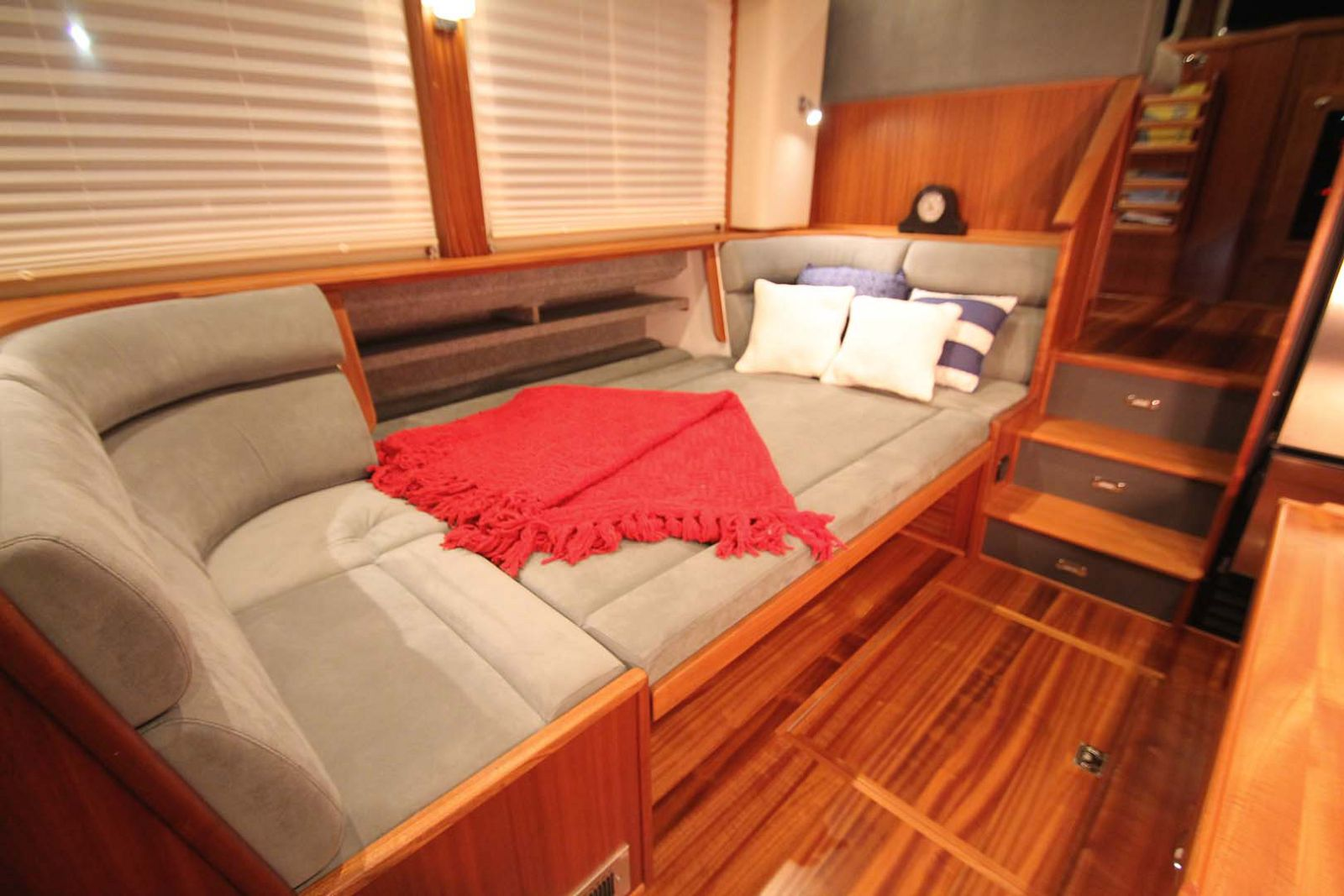 guest cabin american tug 395