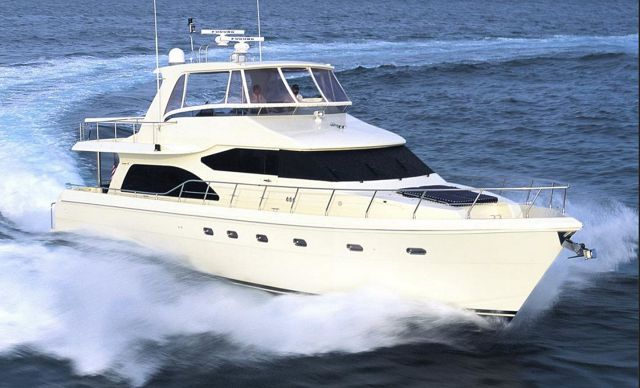 Hampton 700 Motor Yacht For Sale