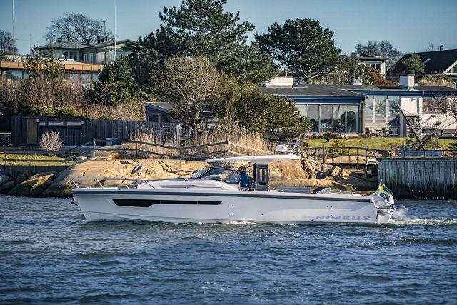 Nimbus Boats Tender 11